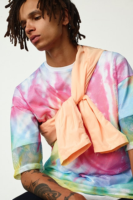 How To Wear: The 90s Pastels Trend For Men.