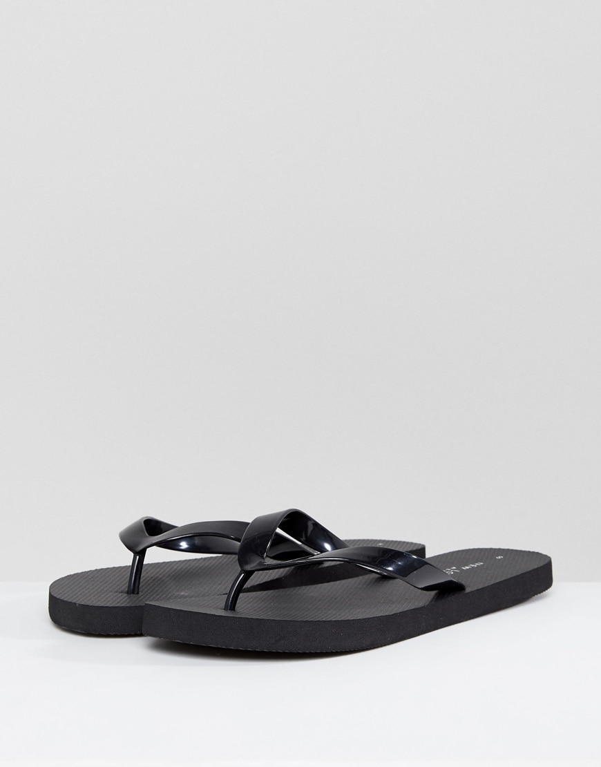 New Look flip flops available at ASOS | ASOS Style Feed